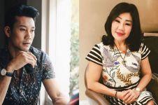 Jarang terekspos, ini 5 potret kedekatan Denny Sumargo & ibunya