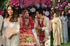 13 Potret artis Bollywood hadiri pernikahan putra orang terkaya Asia