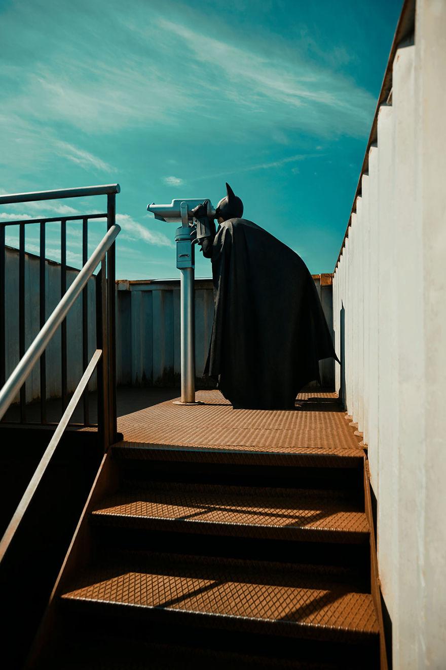 Potret Batman berlagak bak manusia biasa © 2019 brilio.net