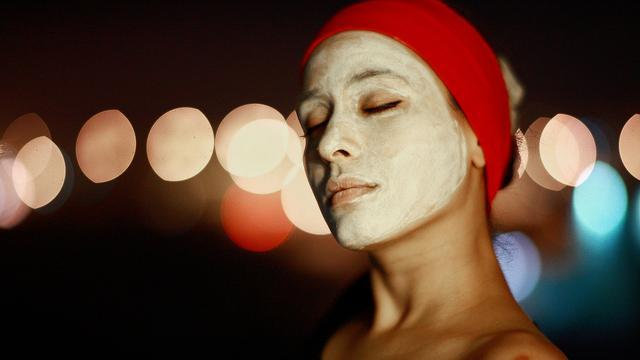 Jenis masker wajah wanita © 2019 brilio.net
