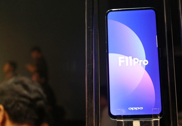 Oppo F11 © 2019 brilio.net