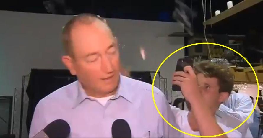 Aksi remaja pukul senator Australia pakai telur, jadi sorotan