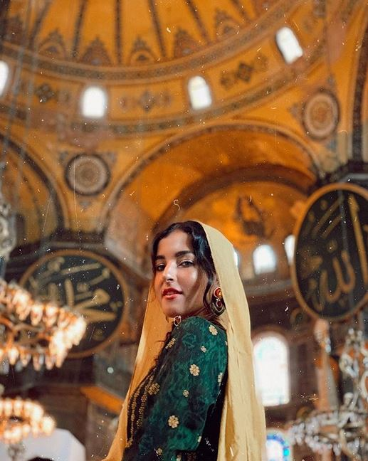 tasya jadi gadis turki instagram