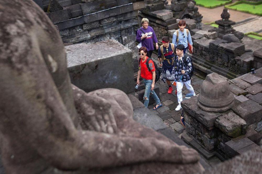 momen Suju di Candi Borobudur  © 2019 brilio.net