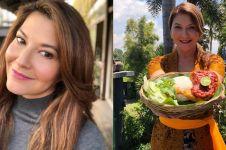 10 Potret Tamara Bleszynski berkebaya Bali, tetap memesona