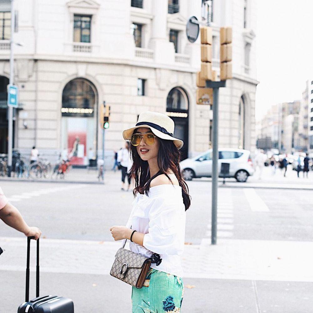 Atries Angel liburan instagram