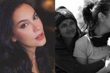 8 Potret kedekatan Sophia Latjuba & warga lokal saat traveling