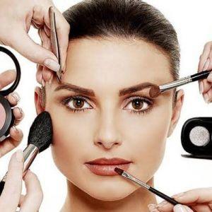 Ini kata Bubah Alfian soal tren makeup 2019
