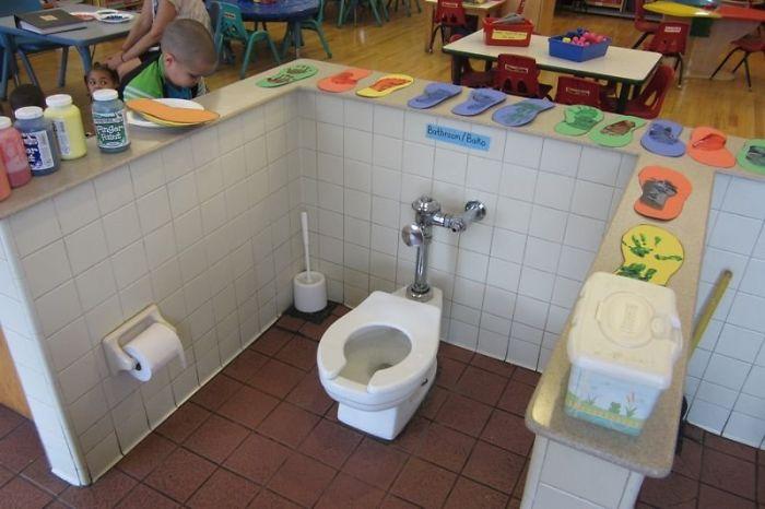 toilet di tempat terbuka © 2019 brilio.net berbagai sumber