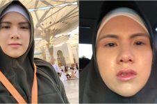 5 Momen umrah Evelyn Anjani, penuh doa dan harapan