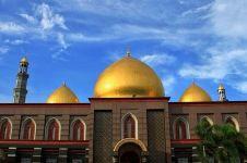 Pemilik Masjid Kubah Emas Depok meninggal dunia