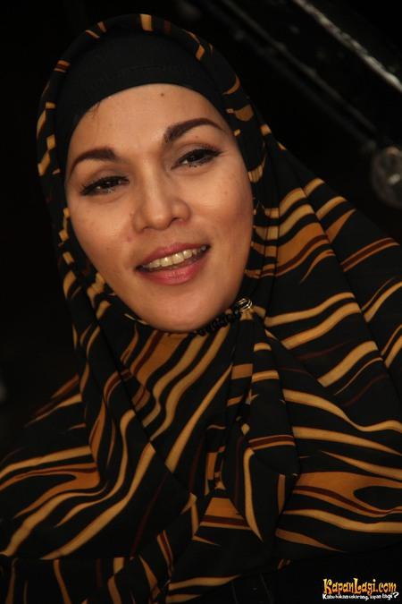 artis 90-an berhijab © 2019 berbagai sumber