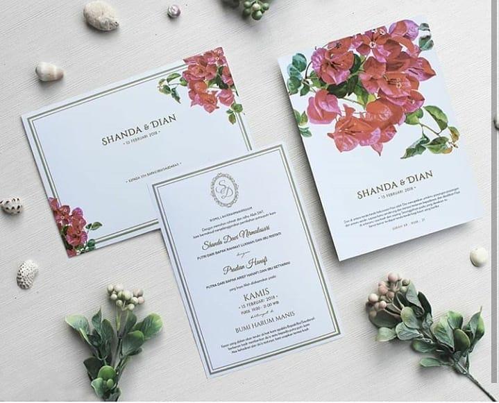 25 Desain undangan pernikahan simpel, unik, dan berkesan