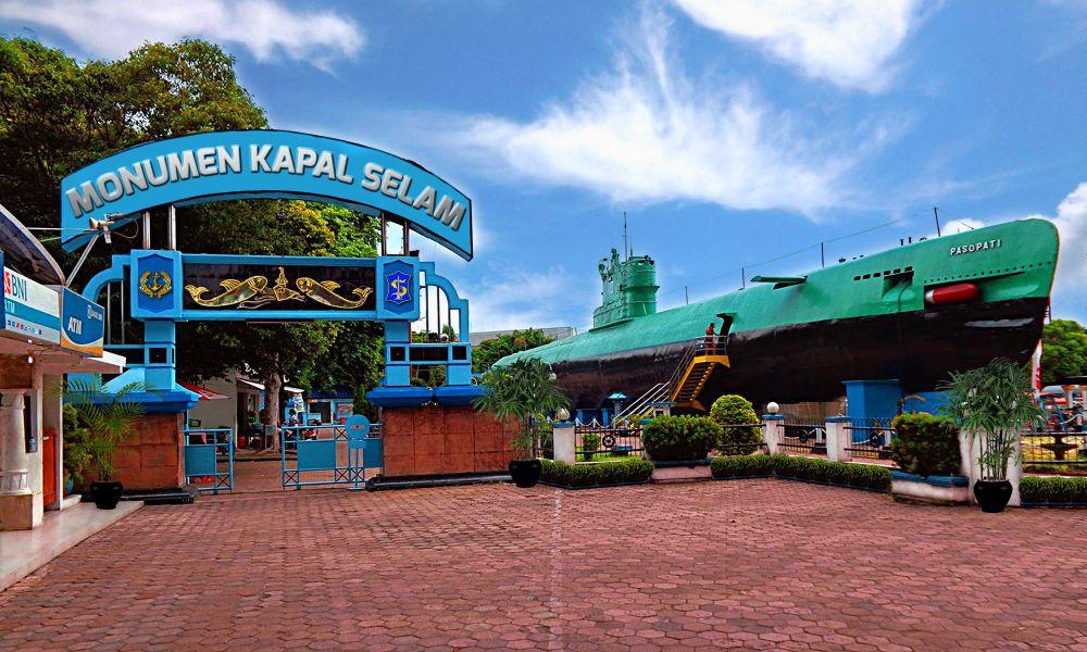 Wisata murah terbaik di Surabaya berbagai sumber