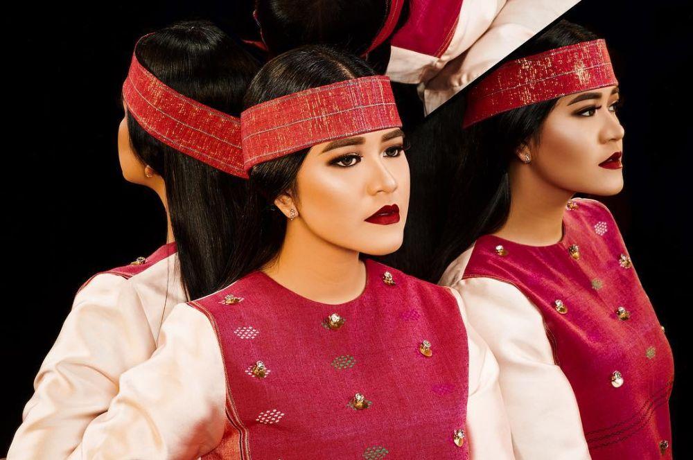 kahiyang makeup tebal © 2019 brilio.net