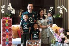 7 Gaya Ibas Yudhoyono pakai jersey sepak bola, apa tim favoritnya?