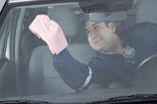 5 Cara hilangkan jamur dari kaca mobil tanpa perlu ke bengkel