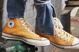 10 Sepatu sneakers di bawah Rp 1 juta, cocok buat berbagai acara