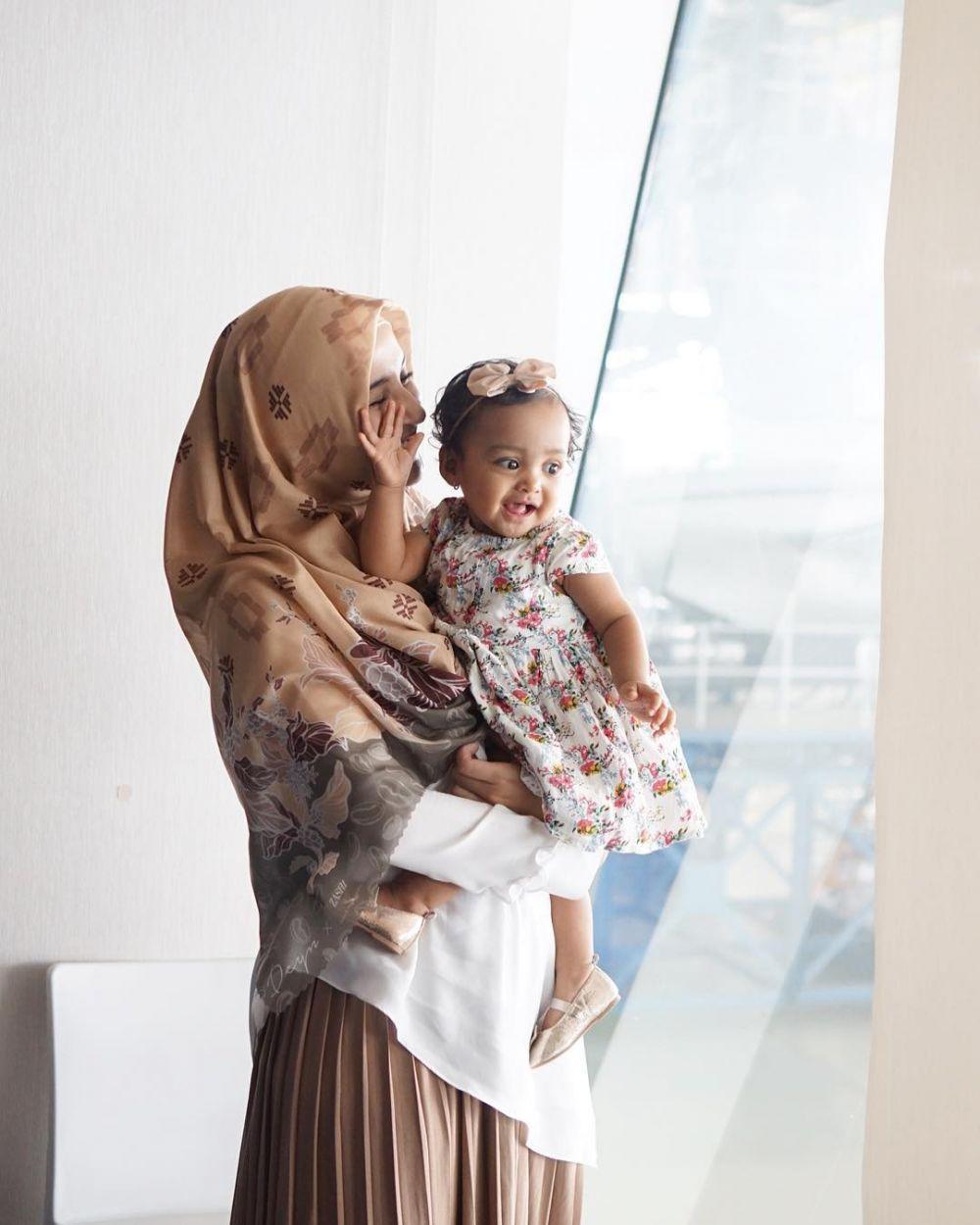 Cara Shireen Sungkar didik anak © 2019 brilio.net