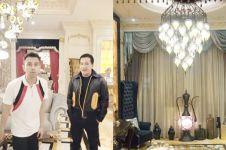 20 Penampakan rumah mewah 'Crazy Rich Pondok Indah', bergaya Turki