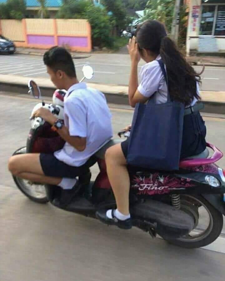 absurd banget siswa ini © 2019 berbagai sumber