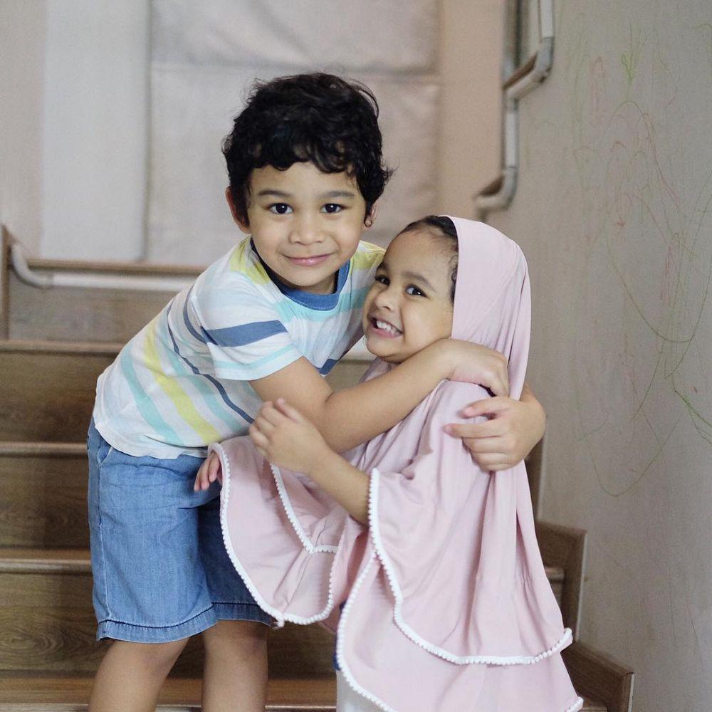 Hawwa putri Shireen Sungkar pakai hijab   © 2019 brilio.net