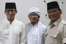 Nyatakan dukungan, Aa Gym bertemu Prabowo-Sandi meski diinfus