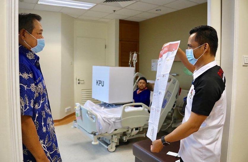 Momen ani yudhoyono nyoblos  © 2019 brilio.net