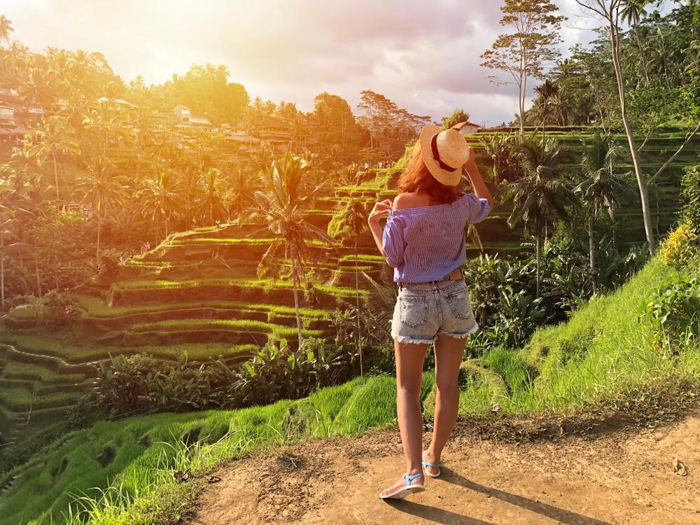 AirAsia diskon hingga 70%, 7 destinasi ini sayang kamu lewatkan berbagai sumber