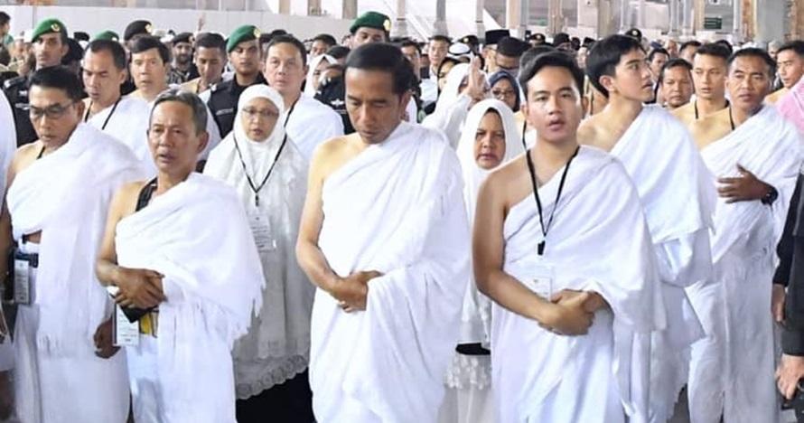 Kisah haru jamaah umrah masuk pemakaman Rosulullah bersama Jokowi