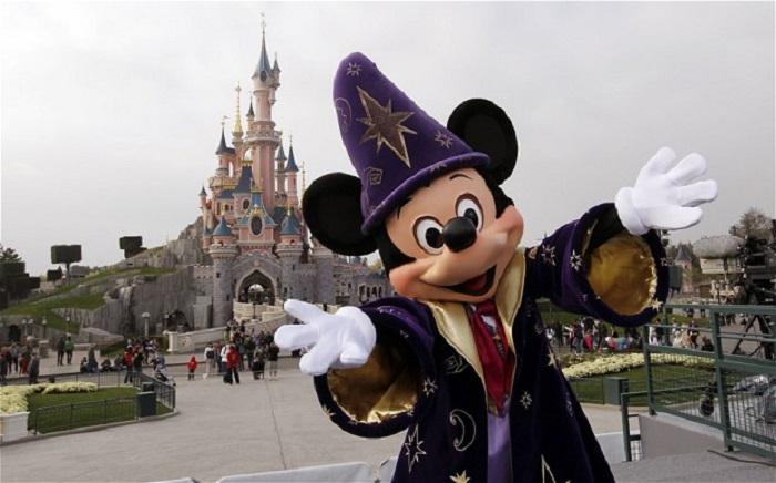 5 Spot keren ini bisa kamu nikmati di Hong Kong Disneyland