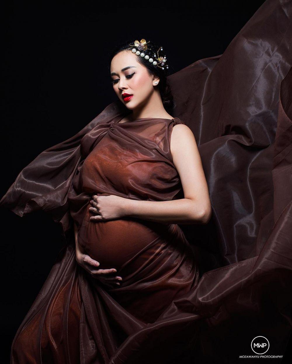 maternity aura © 2019 brilio.net