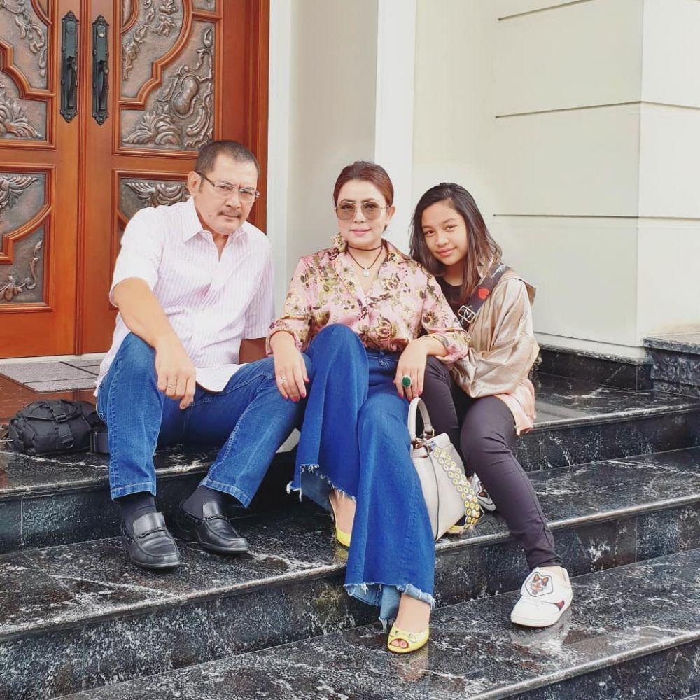 Momen manis Bambang Trihatmodjo & Khirani © 2019 brilio.net