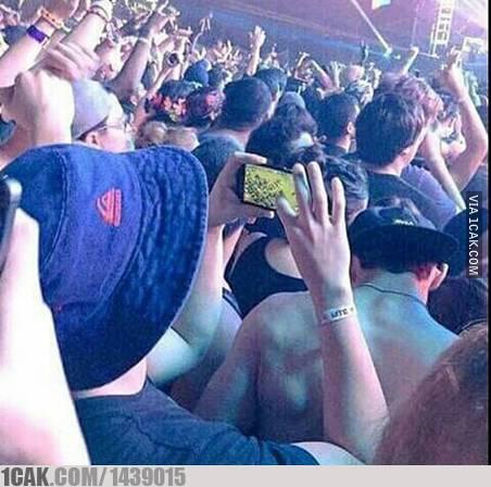 tipe penonton konser © 2019 berbagai sumber
