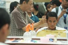 Bersihkan telinga, Sandiaga Uno ngaku biar dengar aspirasi rakyat