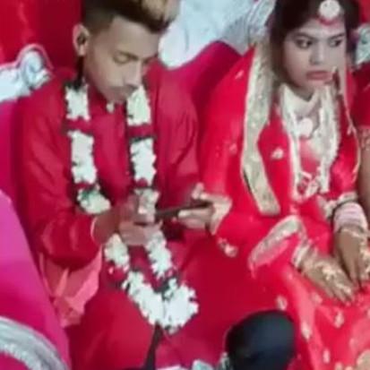Cowok ini main PUBG pas pesta pernikahan, reaksi istrinya tak terduga