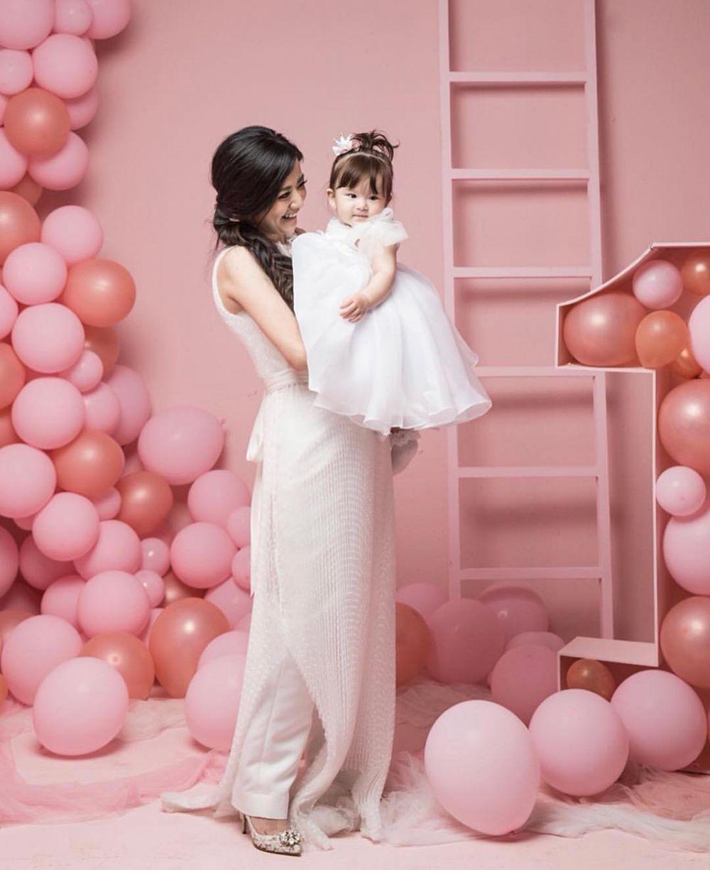 Momen ultah pertama putri Franda & Samuel Zylqwyn © 2019 brilio.net