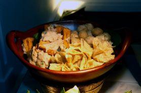 Sajikan kuliner khas Indonesia, lokasi ini cocok untuk buka puasa
