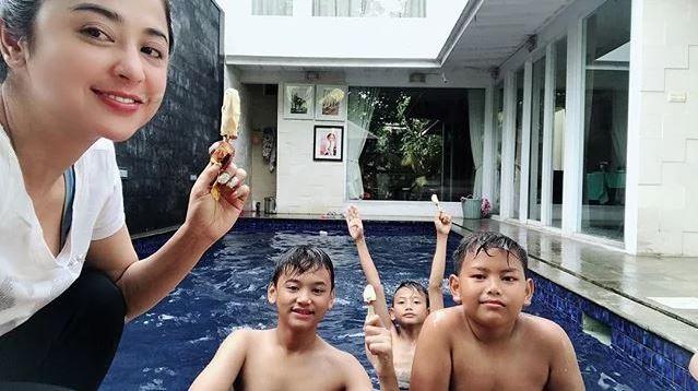 Rumah Dewi Perssik instagram