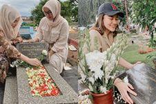 Masuk bulan Ramadan, ini 7 momen seleb ziarah ke makam keluarga