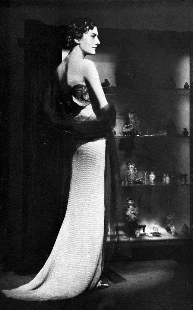 gaun vintage wanita 1930an © 2019 brilio.net