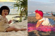 Masih balita, 10 gaya anak seleb saat ke pantai ini stylish abis