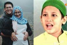 10 Momen mesra Zidan 'Lorong Waktu' bareng istri, menanti buah hati