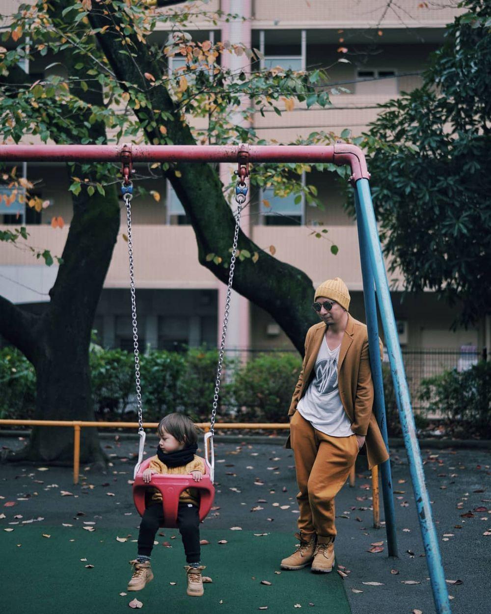 seleb kembaran sama anak  © 2019 brilio.net