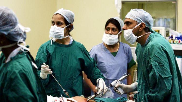 Tak disangka, dokter temukan 116 paku dan kawat dalam perut pria ini
