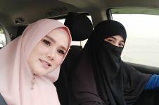 11 Potret kompak Mulan Jameela dan Umi Pipik, friendship goals