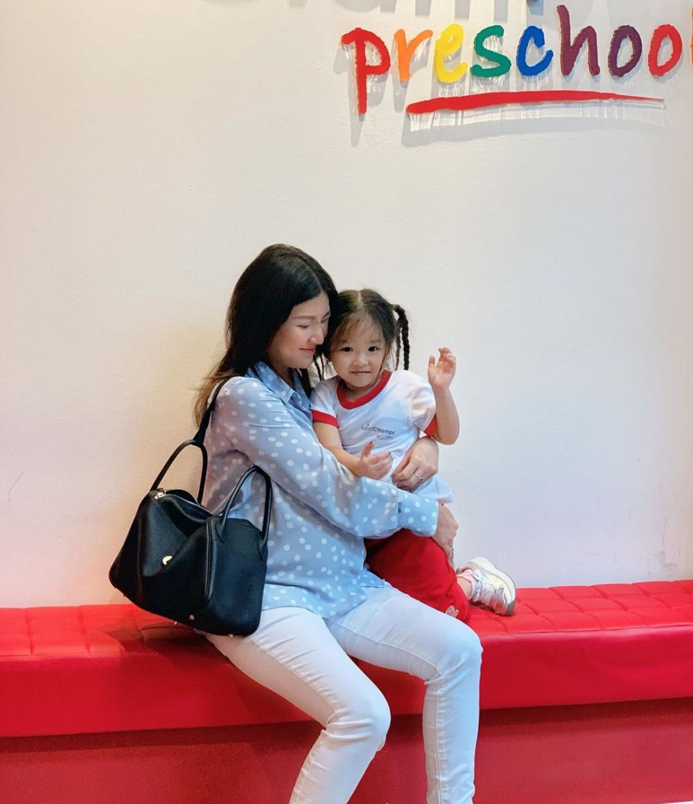 Thalia Putri Onsu sekolah di Singapura ©Instagram/@sarwendah29
