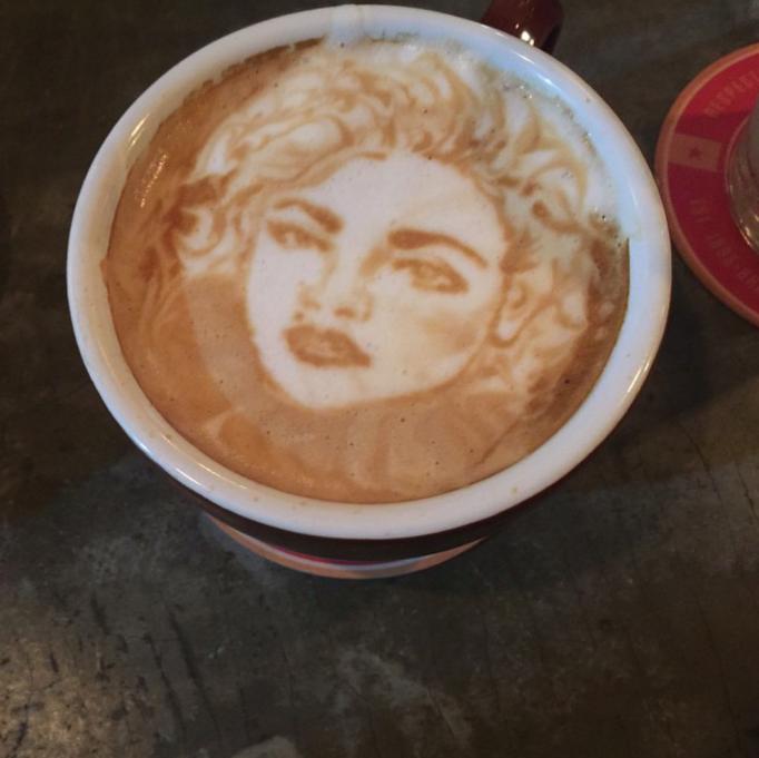 Wajah seleb & tokoh dunia dijadikan latte art istimewa