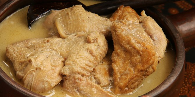 makanan pendamping ketupat © 2019 brilio.net berbagai sumber