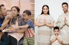 Naik MRT, belanjaan Nagita Slavina & Raffi Ahmad jadi sorotan